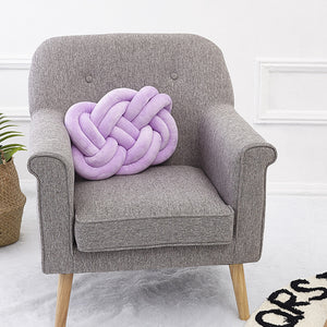 Nordic Knot Pillow
