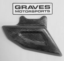 Load image into Gallery viewer, GRAVES WORKS R1 / ZX6-R Chain Guard
