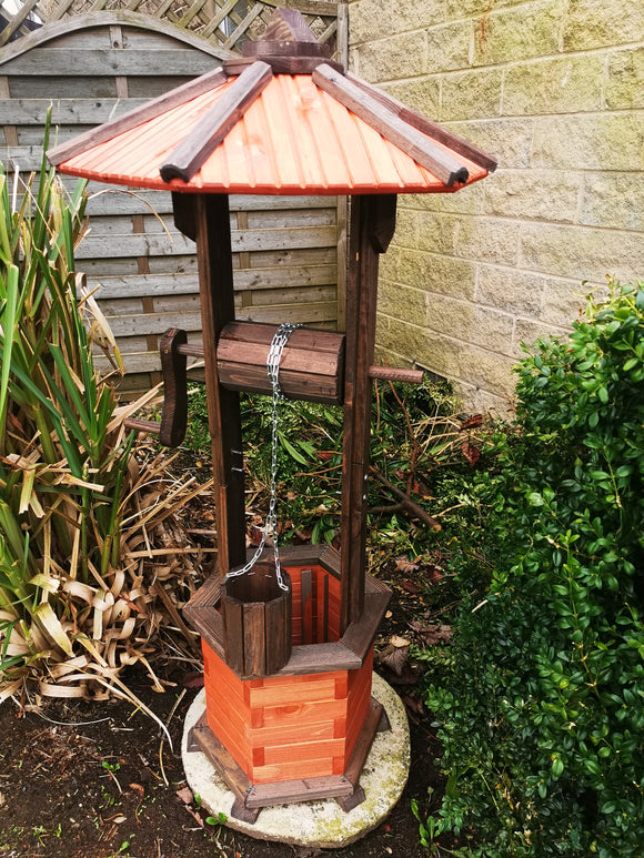 (NEW) Hand Made Wooden Wishing Well Height 125cm