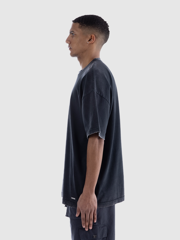 ESSENTIAL T-SHIRT - WASHED BLACK