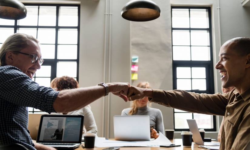 Top 25 Slack Alternatives for Team Communication and Collaboration