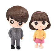 Couple Figurines