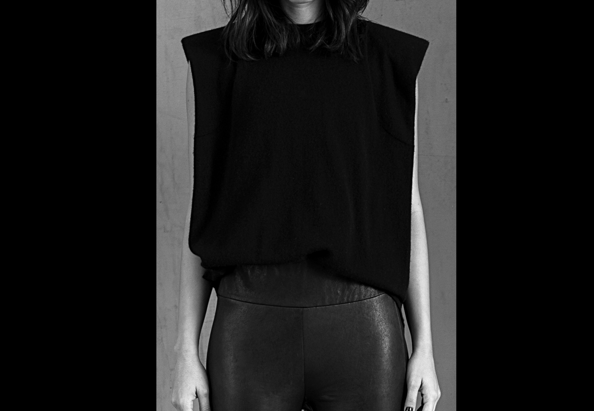 HAIKI muscle t-shirt, muscle tank top, sleeveless top with shoulder pads in black Loro Piana cashmere.