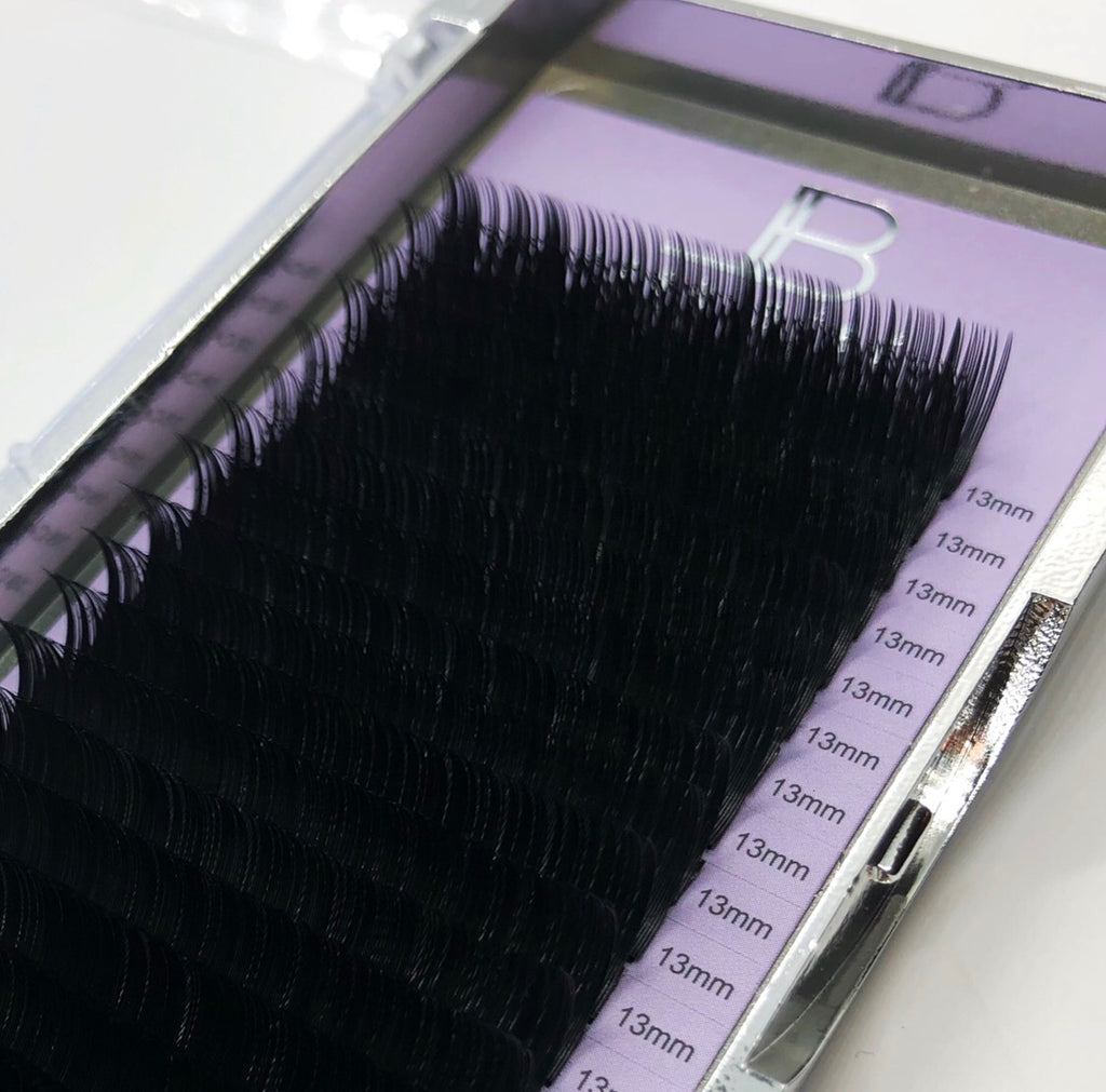 .18 Single Length Signature Collection Lashes