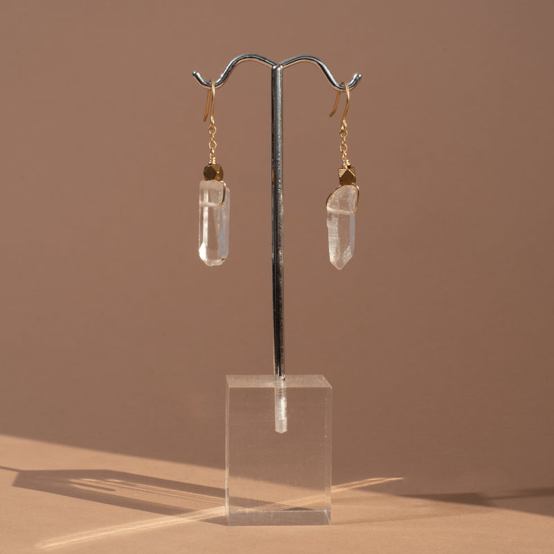 Single Crystal Earrings - Clear