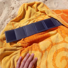 Load image into Gallery viewer, Sunslice - The Smallest & Most Powerfund Solar Power Bank (Delivery Date: 10 May)