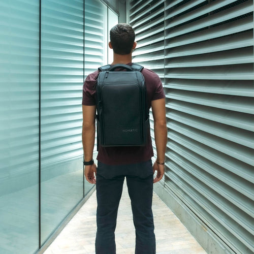 NOMATIC - The Expandable Travel Backpack (Pre-order)