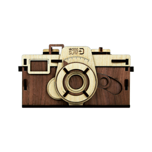 Load image into Gallery viewer, Woodsum - Retro Wooden DIY Pinhole Camera (Pre-order)