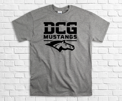 DCG MONOGRAM MUSTANGS W/HEAD SPORT GRAY TEE