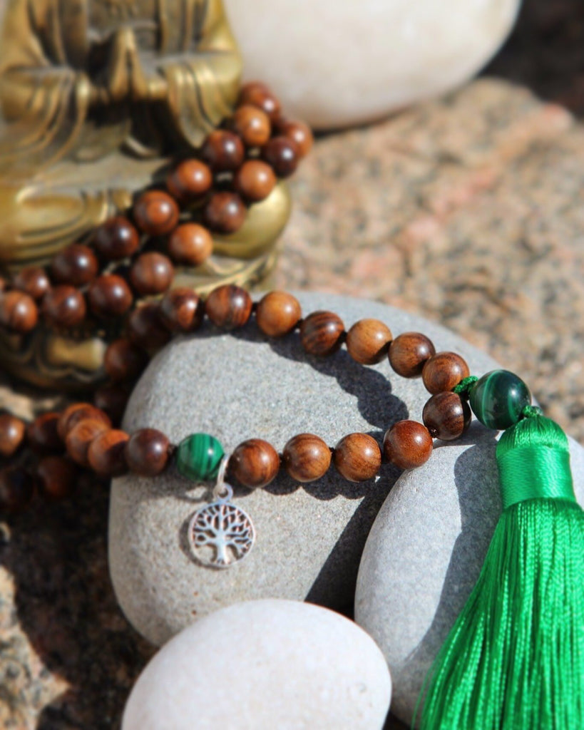 LET´S HAVE FUN Mala - Ahimsa Wood and Malachite