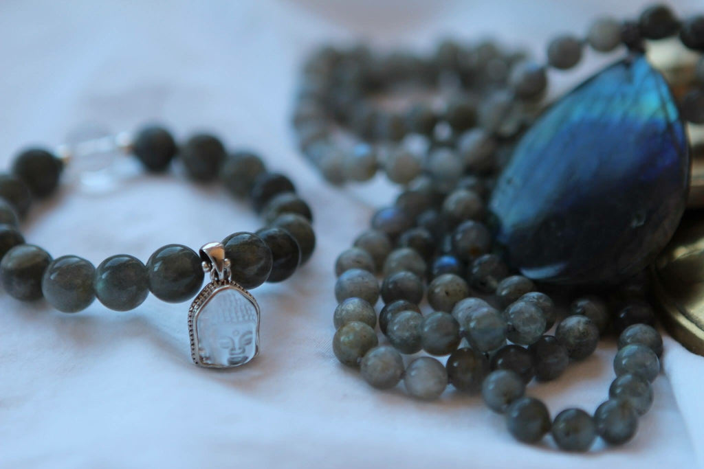 Stretchy Bracelet in Labradorite with small quartz and silver Buddha charm (Quan Yin)
