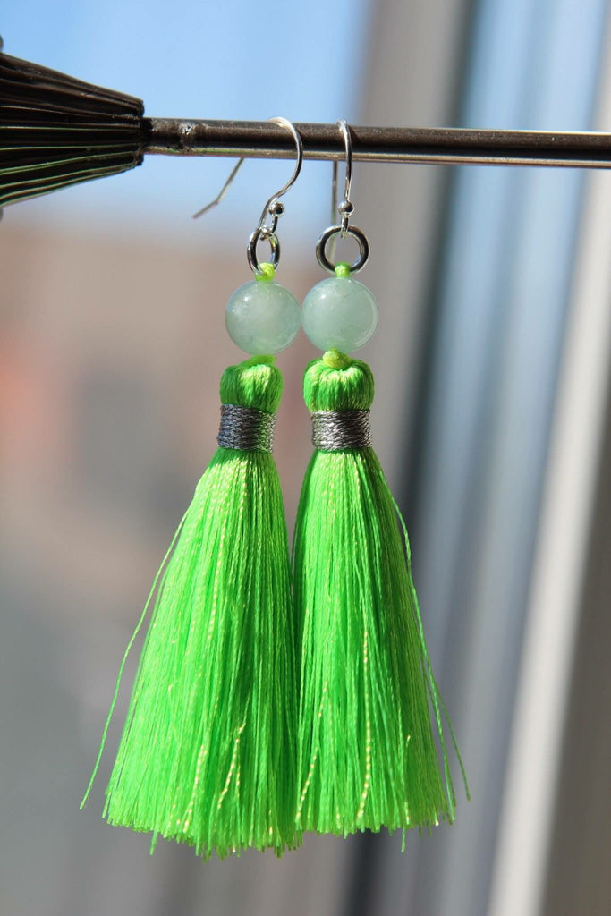 Silver earrings Aguamarine and lime green tassel