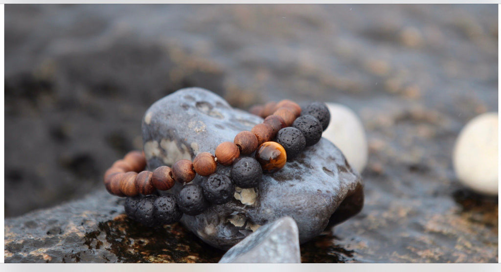 PROTECTION Mens Yoga bracelet Lava stone & Tigereye