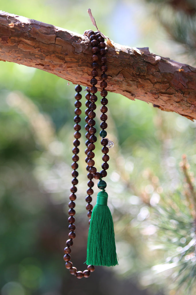 LET´S HAVE FUN Mala - Ahimsa Wood and Malachite gemstone