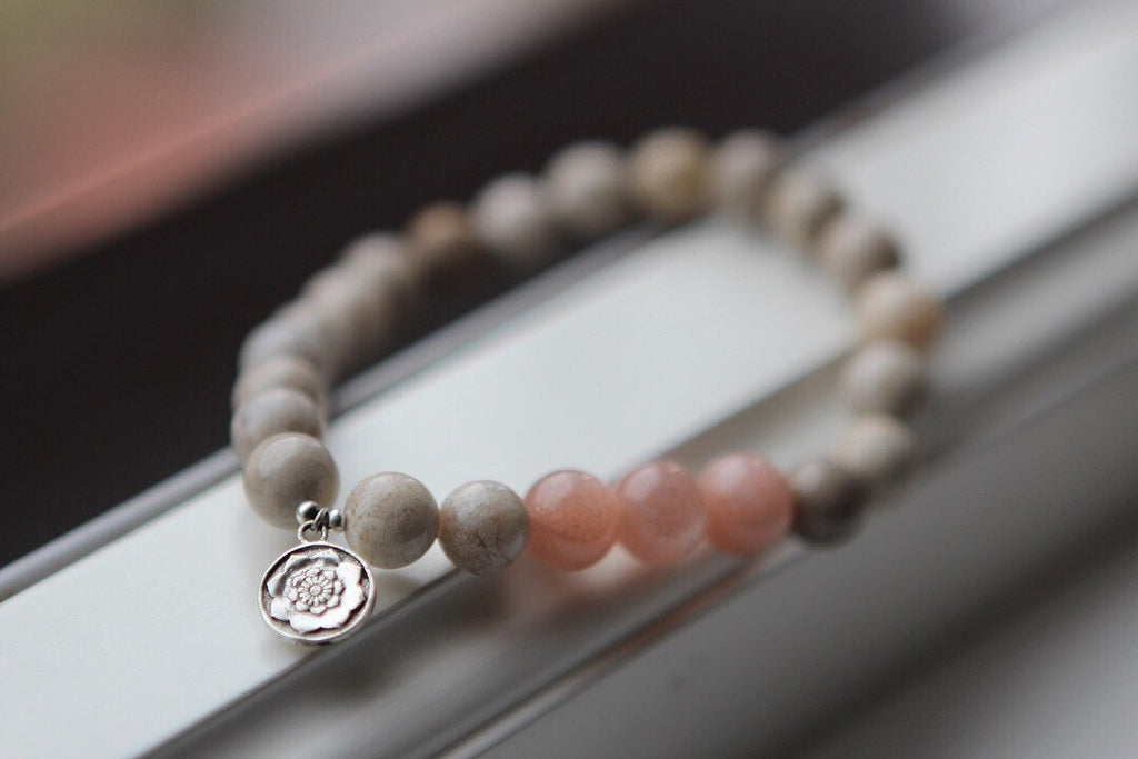 HARMONY & INTUITION Bracelet in Peach Moonstone and Coral with silver charm Lotus Mandala