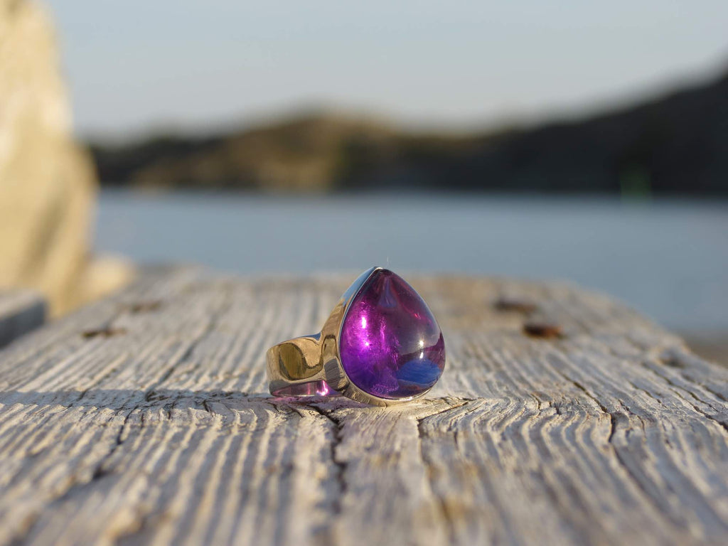 Amazing ring in silver and teardrop Amethyst