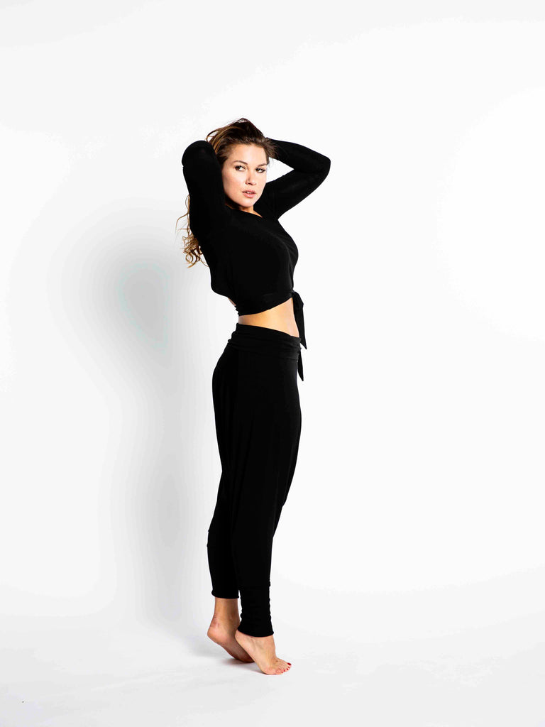 Short, long-sleeved wrap top Black