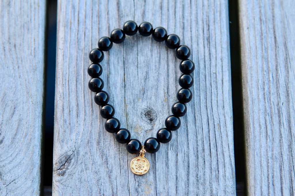 I am Protected Bracelet mala in Black Agate with goldplated silver charm Lotusflower