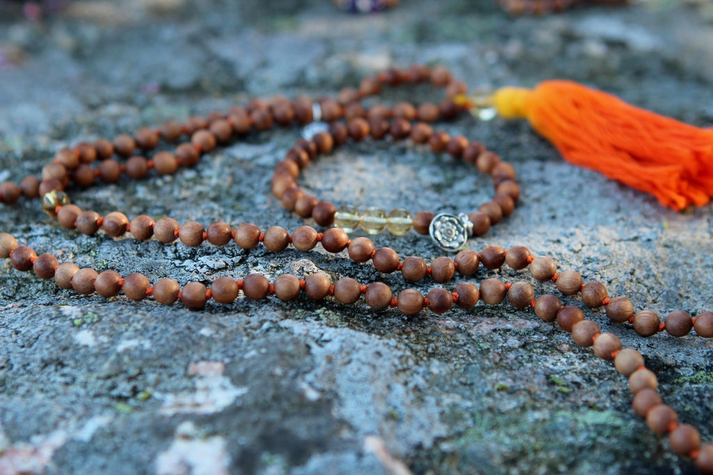 Bracelet mala in Sandalwood & Citrine with silver charm Lotus Mandala/flower