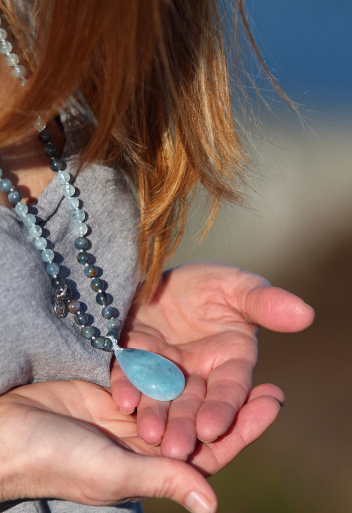 FREE SPIRIT mala in Aquamarine and Kyanite with gurubead in Aquamarine