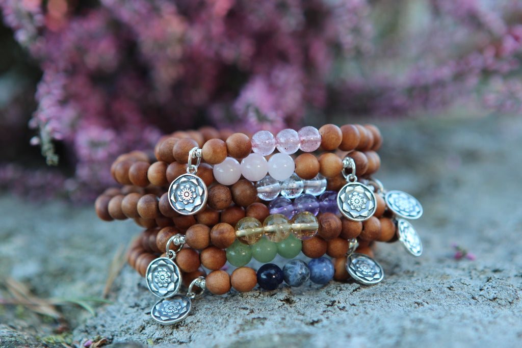 Stretchy bracelet Mala in Sandalwood & Aventurine with silver charm Lotus Mandala/Lotus Flower