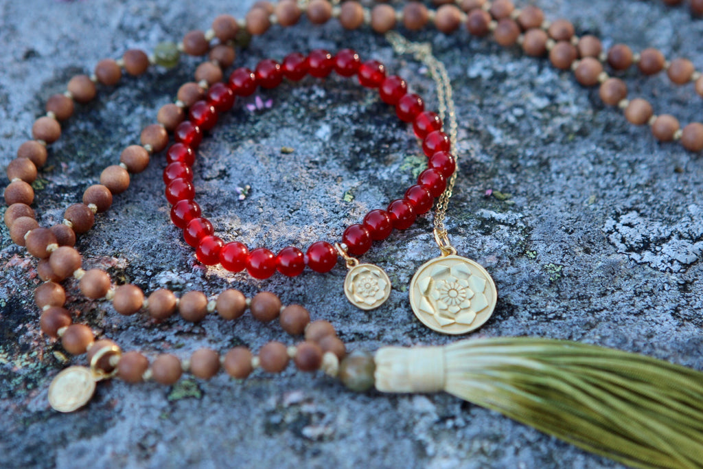 Bracelet Mala in premium Carnelian with gold plated silver charm Lotus
