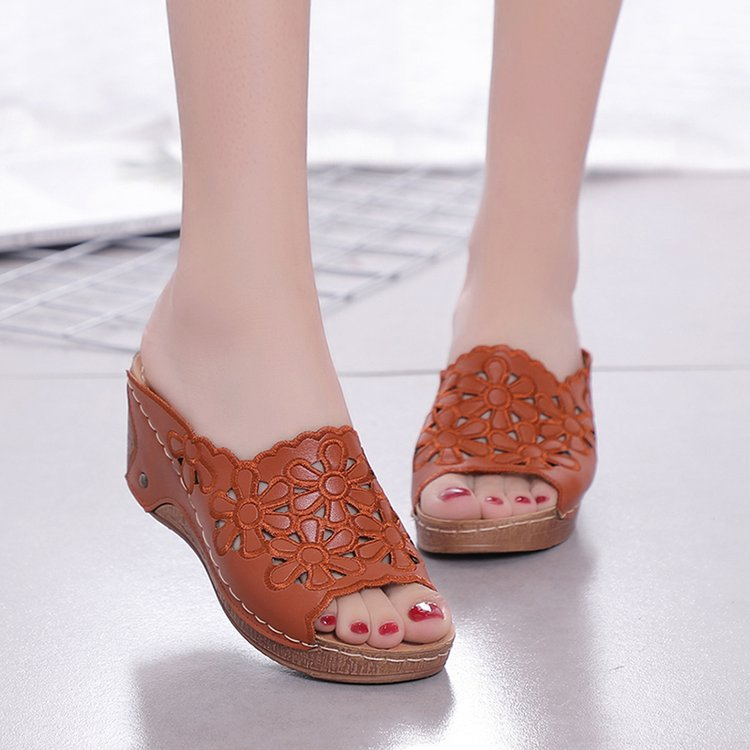 Floral Hollow-out Wedges Women Casual PU Slippers