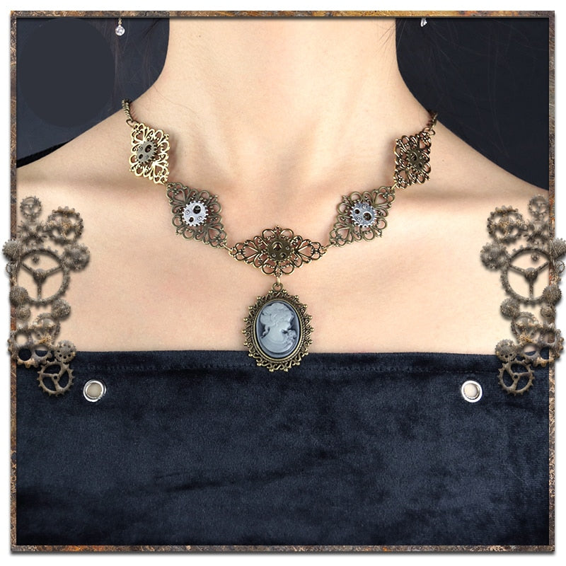 Steampunk Women's Necklace Beautiful Victorian Beauty Head Pendant Necklace Lady Vintage Gothic Necklace Christmas Gift