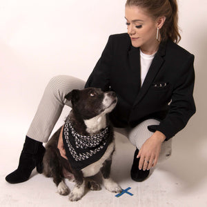 A gift for him that you can wear too! ärtskül's Baby Pop Pocket Square can be repurposed from his suit jacket pocket to yours.  ärtskül's remixed houndstooth pattern captivates the eye while paying homage to the classic print with a twist of the unexpected.  Chunks, our ärtskül dog, is pictured wearing the Baby Pop Nana Scarf in Silk Twill.
