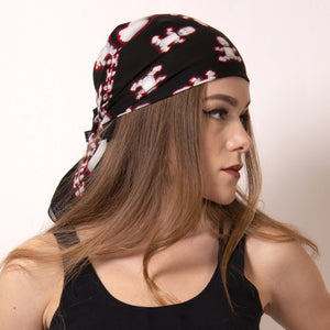 Street style rock look with this Baby Pop bandana from Artskul. Made from the softest Italian cotton, our bandana in black, white and red is the perfect hair accessory to make a statement.