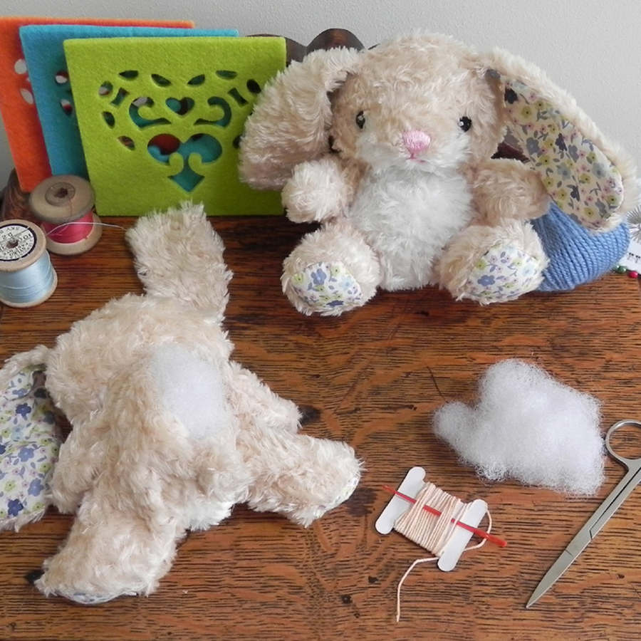 sew me up floral bunny1