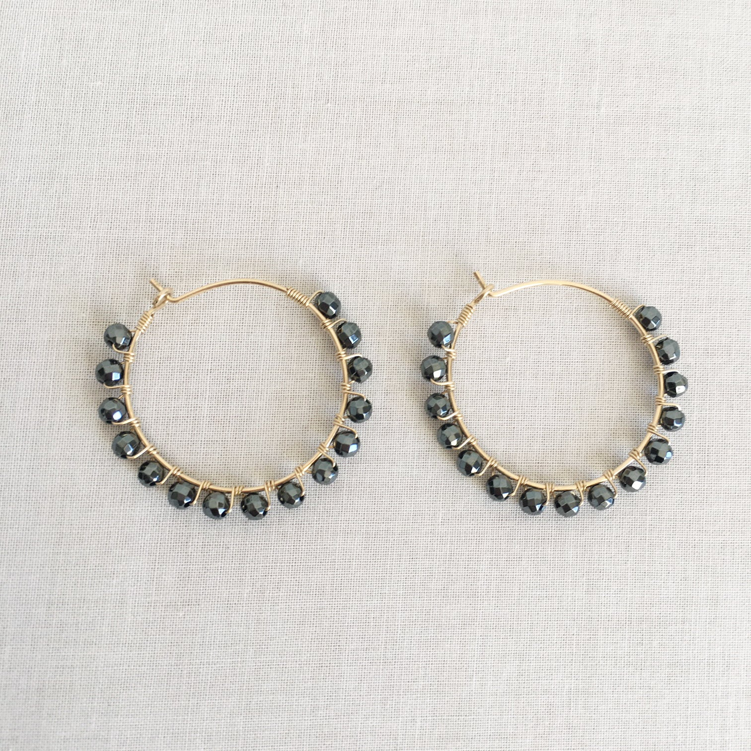Hematite hoop earrings protects you from EMF