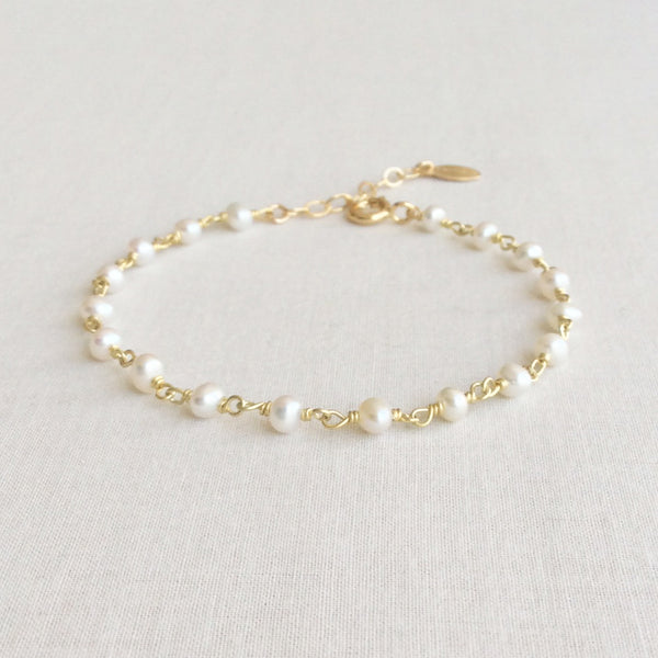 this pearl bracelet is great for wedding day.  It's simple and elegant.