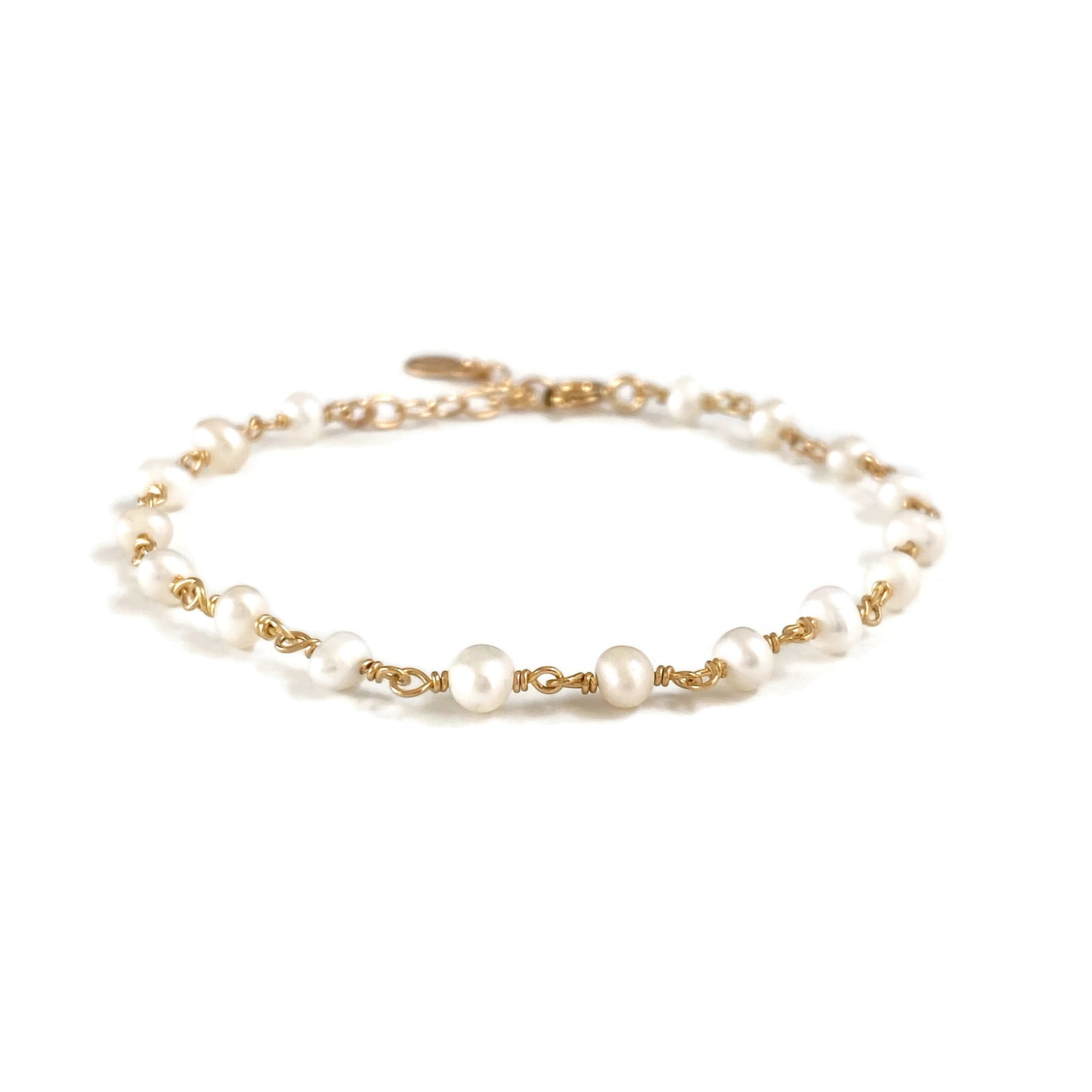 Fresh water pearl bracelet is popular as a wedding day bracelet.