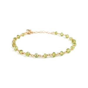 This dainty peridot bracelet is August birthstone bracelet.