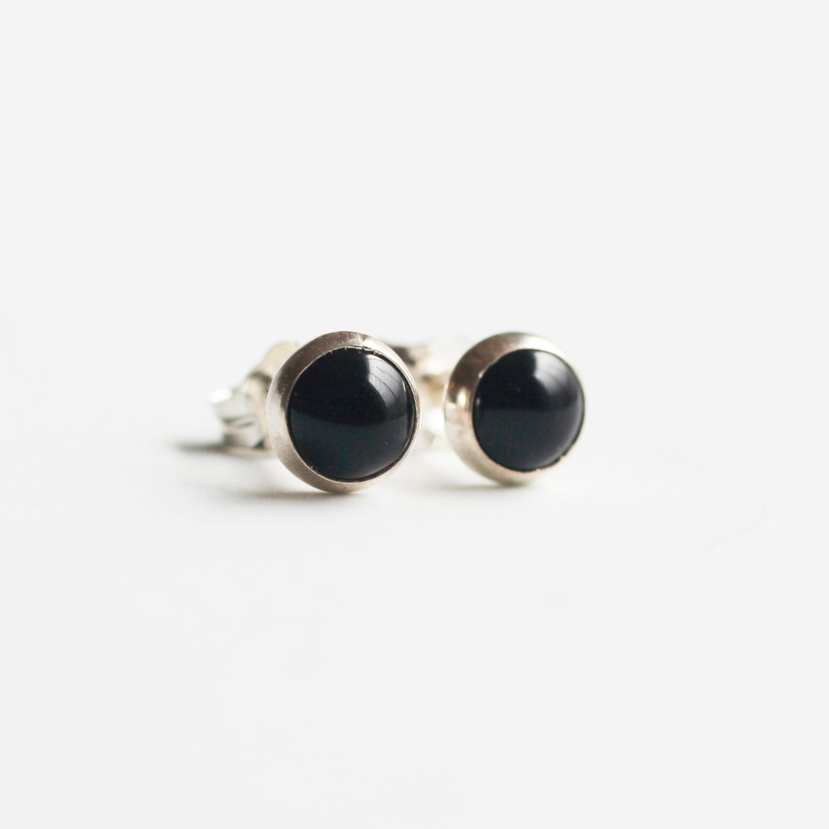 sterling silver 5mm black onyx stud earrings for women or for men