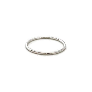 This is a sterling silver thin ring which is made of 1mm sterling silver wire.
