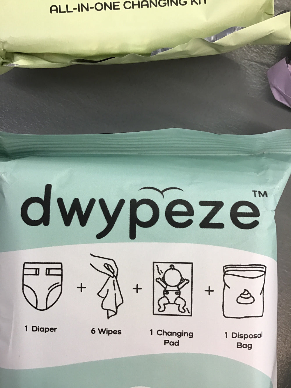 Dwypeze All In One Diaper Changing Kit