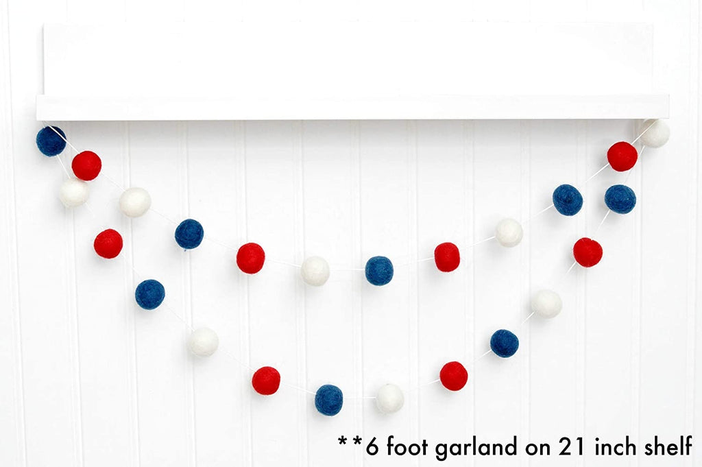 July 4th Pom-Pom Garland