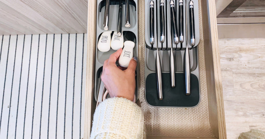 Our Favorite Kitchen Drawer Organizers are Under $10 on Amazon!