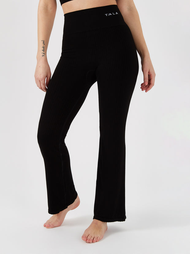 AURORA FLARED LEGGING - BLACK