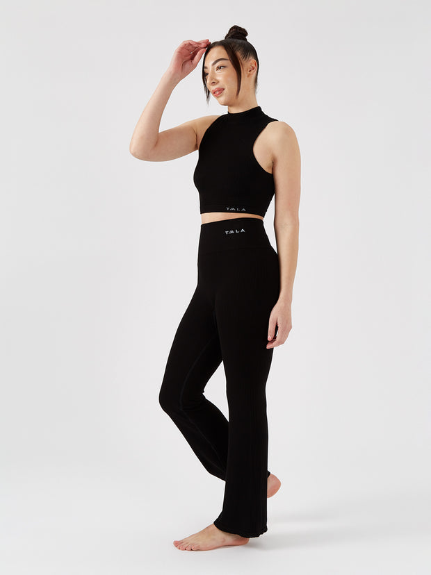 CALI CROP TOP - BLACK