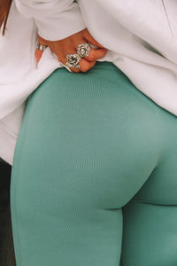 THE ZINNIA LEGGING - SEA