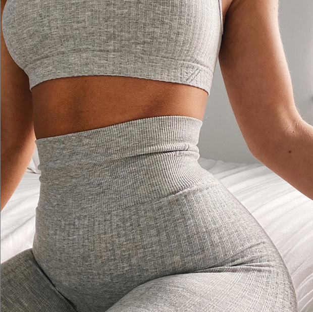 SADE CROP TOP - GREY