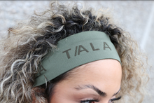 Load image into Gallery viewer, WIDE HEADBAND - FOUR LEAF