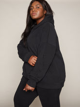 Load image into Gallery viewer, VENUS OVERSIZED HOODIE - BLACK