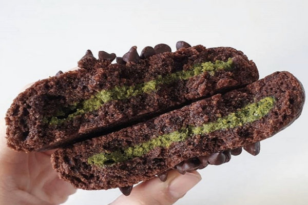 Matcha Stuffed Cookie