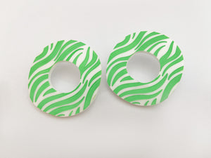 green savannah pendientes now or never animal print
