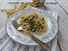 Load image into Gallery viewer, Short Pasta Pieces: Orecchietta