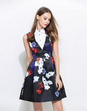 Load image into Gallery viewer, Comino Couture White Collar Floral Sleeveless Dress *WAS £95*